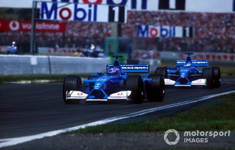 Jenson Button et Giancarlo Fisichella en piste