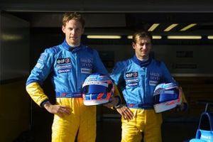 Jenson Button, Renault, Jarno Trulli, Renault