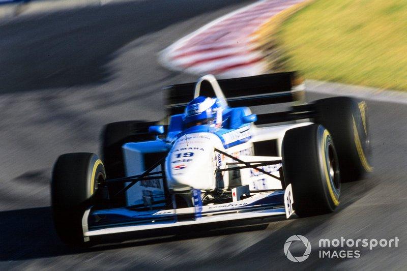 Последнее очко за шестое место завоевал Мика Сало – гонщик Tyrrell выжал максимум из возможности стартовать в гонке, которая казалась проигранной в самом начале