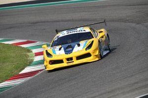#26 Ferrari 488 Challenge, HR Owen: Franck Ruimy