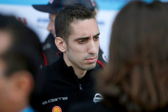 Sébastien Buemi, Nissan e.Dams talks to the press