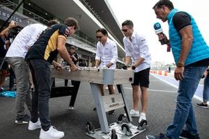 Jean-Eric Vergne, DS Techeetah, Antonio Felix da Costa, DS Techeetah play table football against Felipe Massa, Venturi, Edoardo Mortara, Venturi