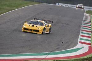 #196 Ferrari 488 Challenge, Baron Motorsport: Michael Simoncic