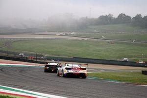 #172 Ferrari 488 Challenge, Rossocorsa - Pellin Racing: Giuseppe Ramelli and #93 Ferrari 488 Challenge, HR Owen: Chris Froggatt