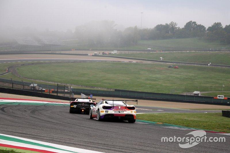 #172 Ferrari 488 Challenge, Rossocorsa - Pellin Racing: Giuseppe Ramelli e #93 Ferrari 488 Challenge, HR Owen: Chris Froggatt