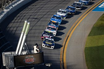 Chase Elliott, Hendrick Motorsports, Chevrolet Camaro NAPA Auto Parts, Jimmie Johnson, Hendrick Motorsports, Chevrolet Camaro Ally