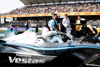 Nyck De Vries, Mercedes Benz EQ, EQ Silver Arrow 01 gets into his car on the grid
