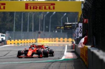 Sebastian Vettel, Ferrari SF90, devant Antonio Giovinazzi, Alfa Romeo Racing C38