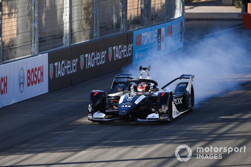 Nico Müller, GEOX Dragon, Penske EV-4 hace girar la rueda en el comienzo de la práctica