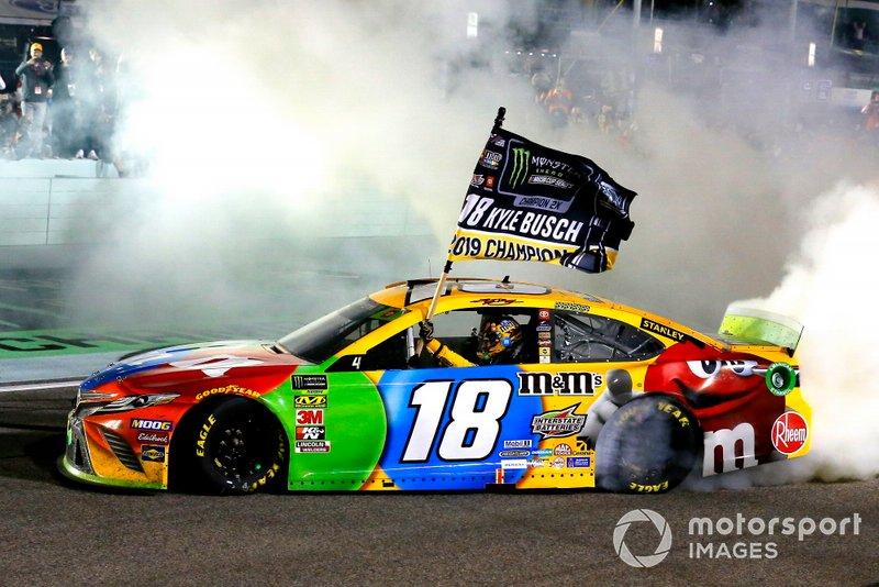 NASCAR. Победитель Monster Energy Cup в зачете производителей – Toyota