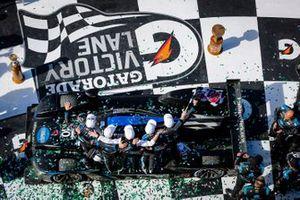 Overall Winner #10 Wayne Taylor Racing Cadillac DPi-V.R. Cadillac DPi, DPi: Renger Van Der Zande, Ryan Briscoe, Scott Dixon, Kamui Kobayashi