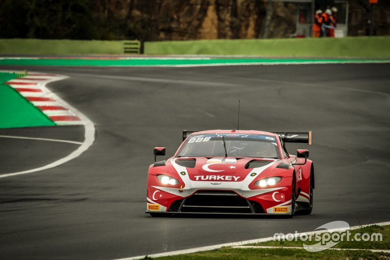 #1 TUR TF Sport Aston Martin Vantage GT3: Salih Yoluc, Ayhancan Guve