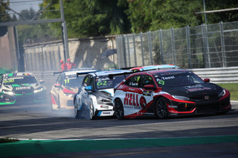 Attila Tassi, Hell Energy Racing with KCMG Honda Civic Type R TCR, Dusan Borkovic, Target Competition Hyundai i30 N TCR