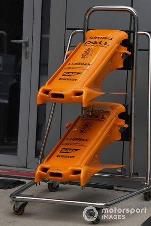 Des nez de McLaren MCL33