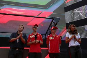 Sebastian Vettel, Ferrari ve Kimi Raikkonen, Ferrari on stage at the Fan Zone with Davide Valsecchi, Sky Italia and Federica Masolin. Sky Italia Presenter