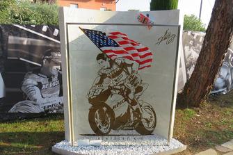 Una visita al monumento conmemorativo de Nicky Hayden en el lugar de su fatal accidente de bicicleta