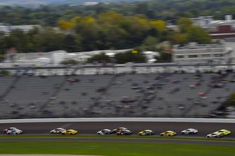 Alex Bowman, Hendrick Motorsports, Chevrolet Camaro Axalta e A.J. Allmendinger, JTG Daugherty Racing, Chevrolet Camaro Kroger ClickList