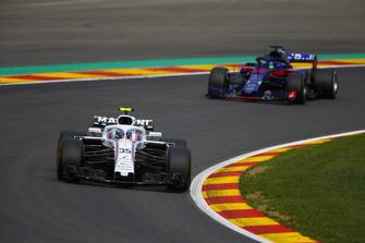 Sergey Sirotkin, Williams FW41, et Brendon Hartley, Toro Rosso STR13