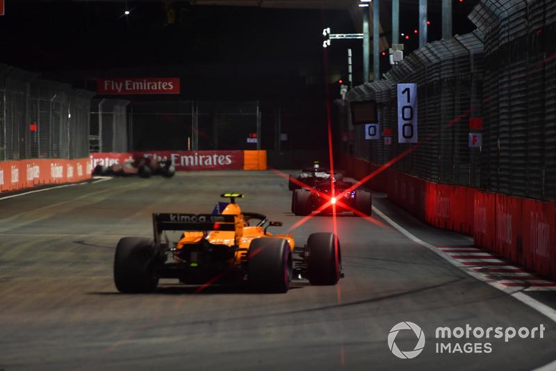 Stoffel Vandoorne não acompanhou Alonso e ficou em 12º