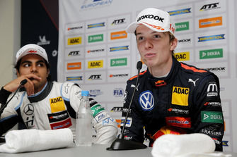 Press conference, Dan Ticktum, Motopark Dallara F317 - Volkswagen, Enaam Ahmed, Hitech Bullfrog GP Dallara F317 - Mercedes-Benz