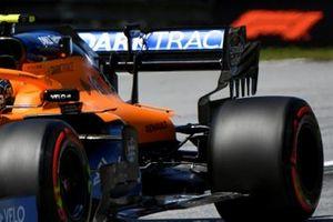 Фрагмент задней части машины McLaren MCL35