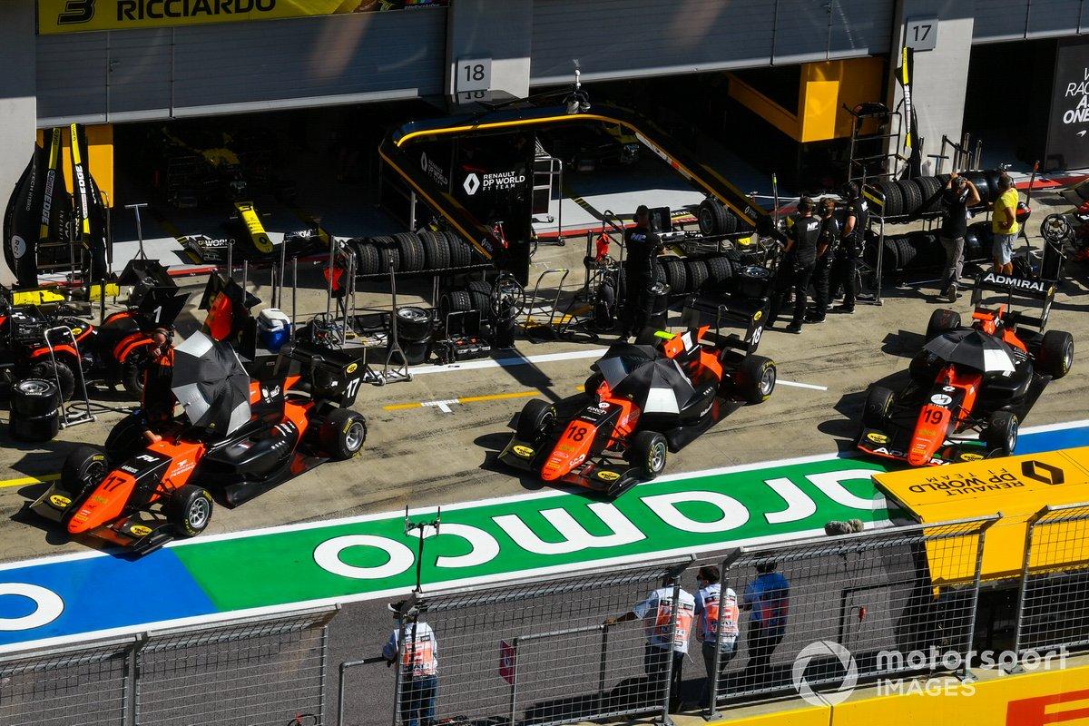 Richard Verschoor, MP Motorsport, Bent Viscaal, MP Motorsport e Lukas Dunner, MP Motorsport