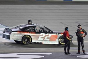 Austin Cindric, Team Penske, Ford Mustang Snap-On celebrates his win