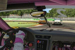 Porsche 911 GT3 Cup, #25 Larry ten Voorde (NL), #22 Ayhancan Güven (TR), Porsche Mobil 1 Supercup Virtual Edition