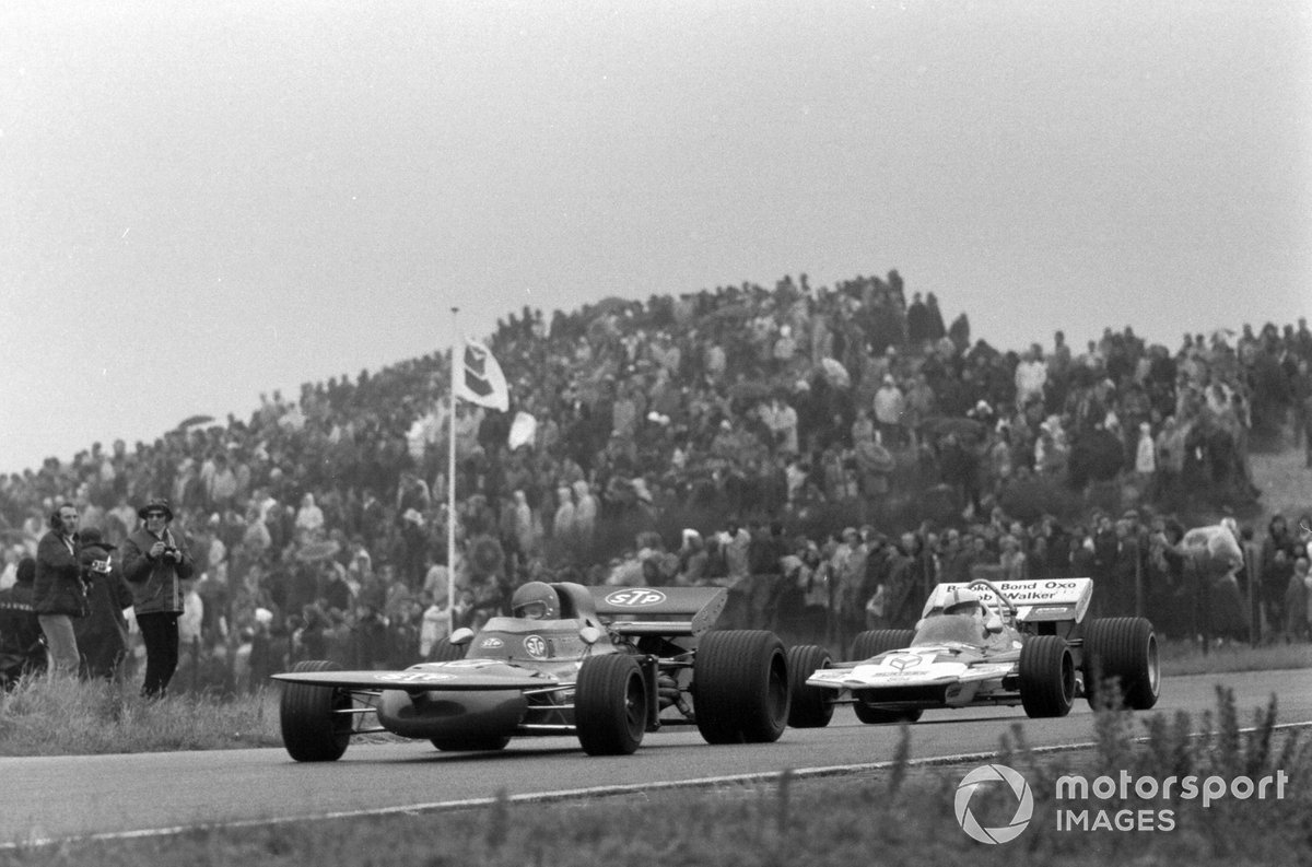 Ronnie Peterson, March 711 Ford, John Surtees, Surtees TS9 Ford