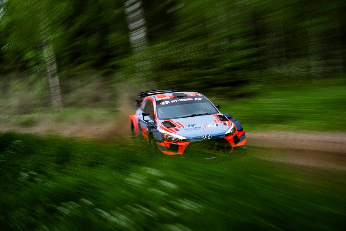 Thierry Neuville and Ott Tänak, Hyundai i20 Coupe WRC