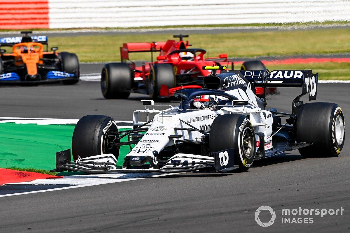 Pierre Gasly, AlphaTauri AT01, Sebastian Vettel, Ferrari SF1000, Carlos Sainz Jr., McLaren MCL35