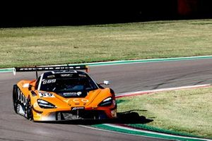 #69 Optimum Motorsport McLaren 720S GT3: Oliver Wilkinson, Rob Bell, Joe Osborne