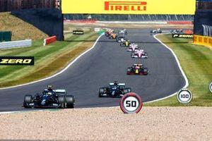 Valtteri Bottas, Mercedes F1 W11 and Lewis Hamilton, Mercedes F1 W11