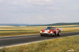 #7 Ferrari 250LM: Graham Hill, Jo Bonnier