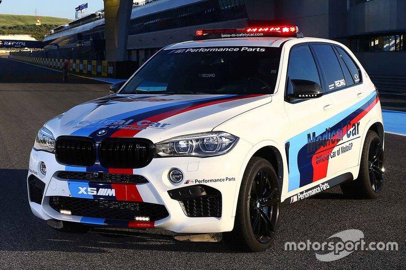 Voiture médicale BMW X5 M