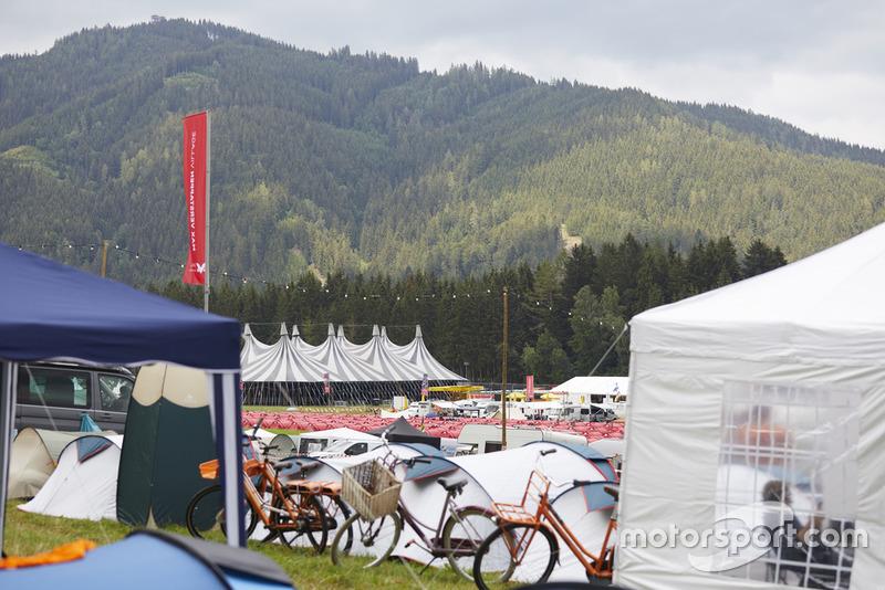 Sfeerimpressie Grand Prix van Oostenrijk en Fan Village