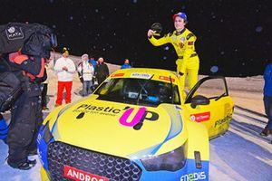 Aurélien Panis festeggia la vittoria