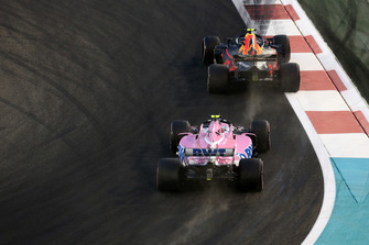 Esteban Ocon, Racing Point Force India VJM11, Max Verstappen, Red Bull Racing RB14