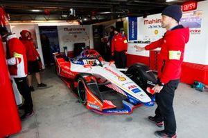 Pascal Wehrlein, Mahindra Racing, M5 Electro, nel garage
