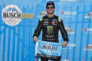 Polesitter Kurt Busch, Stewart-Haas Racing, Ford Fusion Monster Energy / Haas Automation