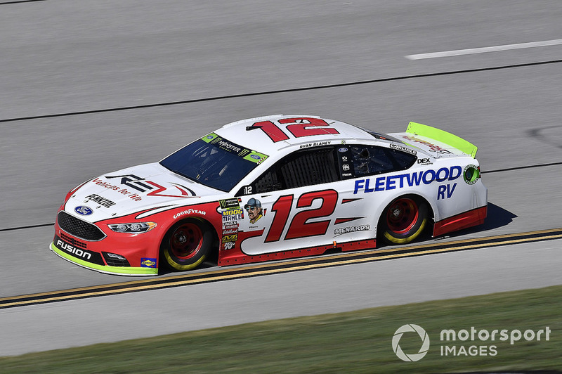 19. Ryan Blaney, Team Penske, Ford Fusion REV