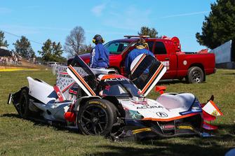 #6 Acura Team Penske Acura DPi, P: Dane Cameron, Juan Pablo Montoya, Simon Pagenaud, Juan Pablo crashes in T3