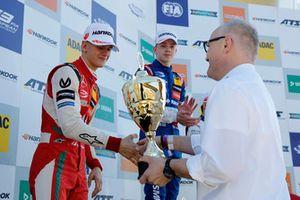 Podium : Le deuxième, Mick Schumacher, PREMA Theodore Racing Dallara F317 - Mercedes-Benz