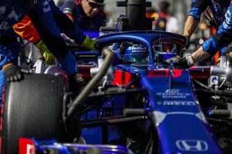 Brendon Hartley, Toro Rosso STR13, arrive sur la grille