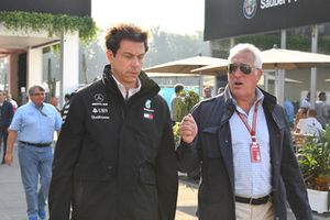 Toto Wolff, Mercedes AMG F1 Director of Motorsport and Lawrence Stroll, Racing Point Force India F1 Team Owner