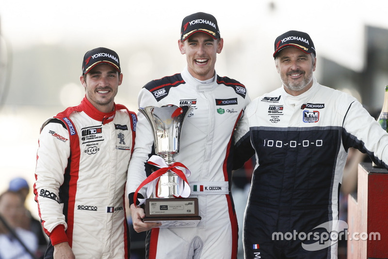 Podio: il vincitore della gara Kevin Ceccon, Team Mulsanne Alfa Romeo Giulietta TCR, il secondo classificato Aurélien Comte, DG Sport Competition Peugeot 308TCR, il terzo classificato Yvan Muller, YMR Hyundai i30 N TCR