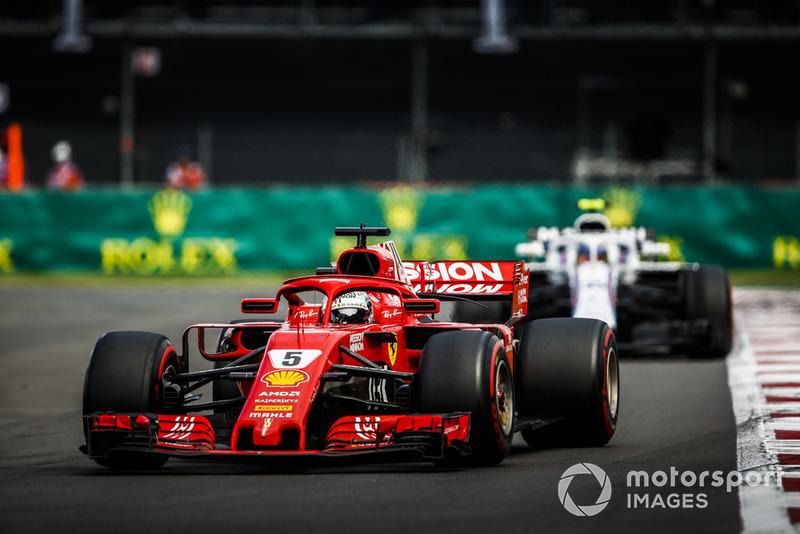 Sebastian Vettel, Ferrari SF71H, Charles Leclerc, Sauber C37