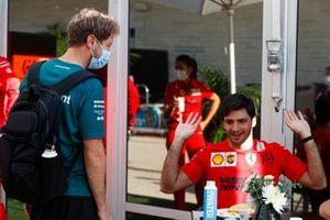 Sebastian Vettel, Aston Martin greets Carlos Sainz Jr., Ferrari