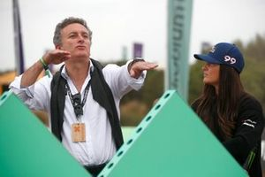 Alejandro Agag, CEO, Extreme E Sara Price, Chip Ganassi Racing at the grid draw