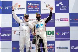 Podio: Massimiliano Montagnese, Team Malucelli e Davide Scannicchio, ZRS Motorsport
